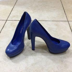 """Blue sz. 36 (6) Pour La Victoire 5"""" platform heels"""